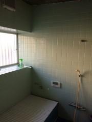 浴室前-1