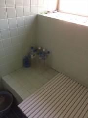 浴室前-2