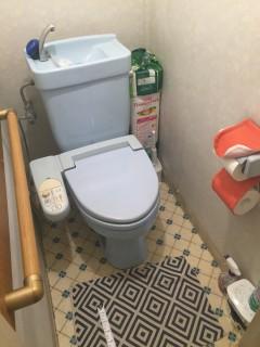飛鋪邸 トイレ工事前