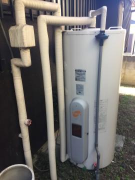 電気温水器施工前