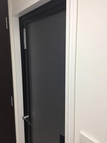 施工後ドアもブラックに
