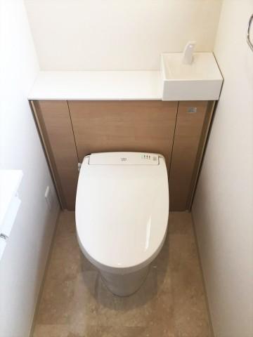 2階トイレ施工後①_R_fix
