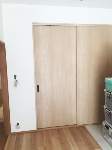 和室押入をクローゼットに施工後fix
