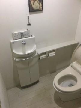 トイレ前3fix